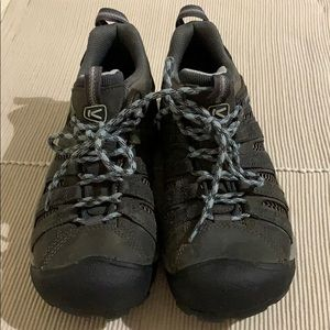 Keen Voyager Charcoal Gray Hiking Shoes Excellent